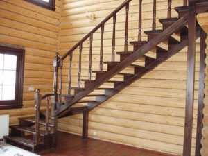 Деревянные лестницы в интерьере дома