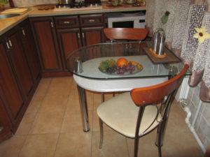 Выбираем стол на кухню